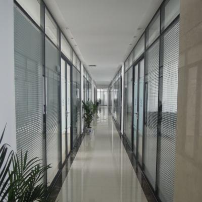 天津办公家具网|天津定做玻璃隔断墙